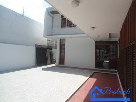 Commercial Properties  for Lease at Colombo 07